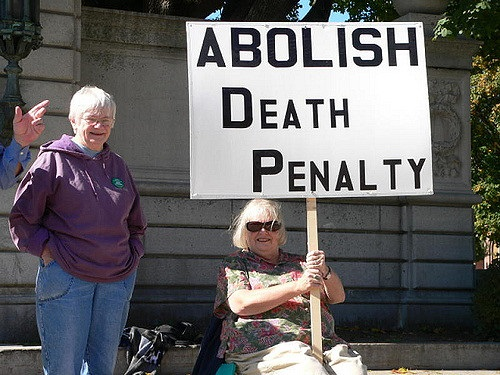 the death penalty for or against For example, individuals guilty of manslaughter or accidentally causing another's death were exempted from the death penalty argument 2 perhaps the most compelling arguments against capital punishment are the examples of capital criminals who were not executed, such as cain, moses, and david.